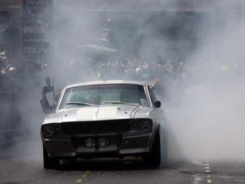 El Gumball 3000 es un rally anual de automóviles de lujo que atra...