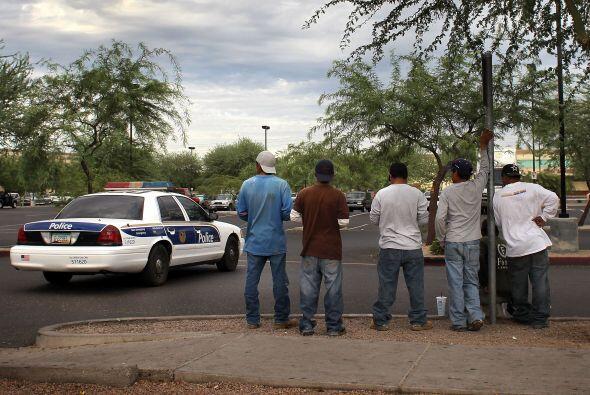 ¿Cómo le afecta la ley SB1070 y otras leyes? Si comete un delito y es...