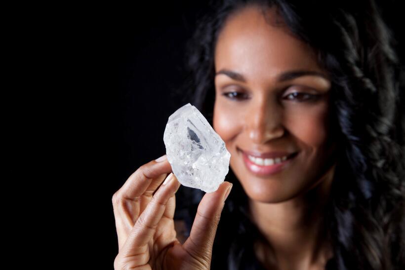 Este diamante tiene más de 1,100 quilates y casi 3,000 millones de años.
