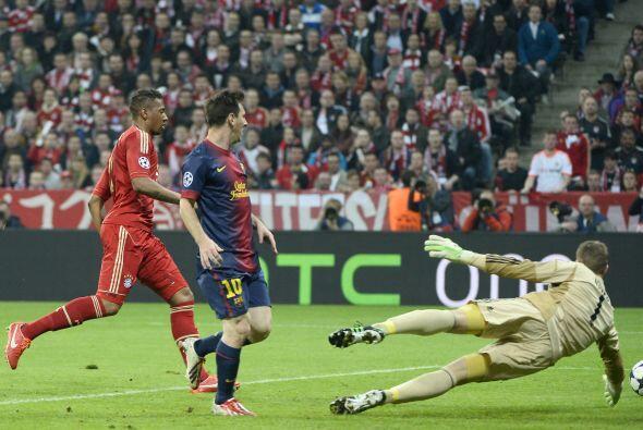 Messi tuvo la oportunidad de igualar las cosas en una de las pocas oport...