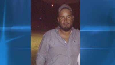 Padre de joven hispano que murió en un accidente de tránsito exige que se revele cómo ocurrieron los hechos