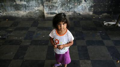 Entre el Abandono y el Rechazo: habla María Elena Salinas