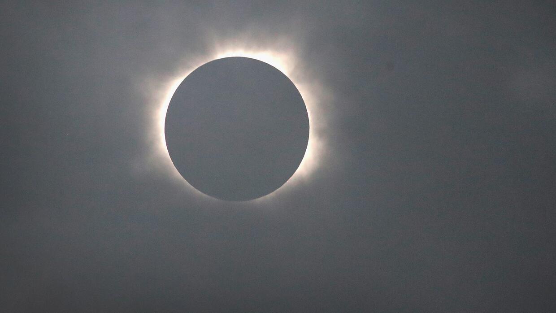 Oscuridad, el notable efecto del eclipse total de sol en Oregon