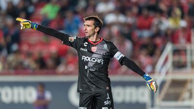 Los porteros mexicanos siguen dominando la Liga MX, pero los extranjeros acumulan más minutos