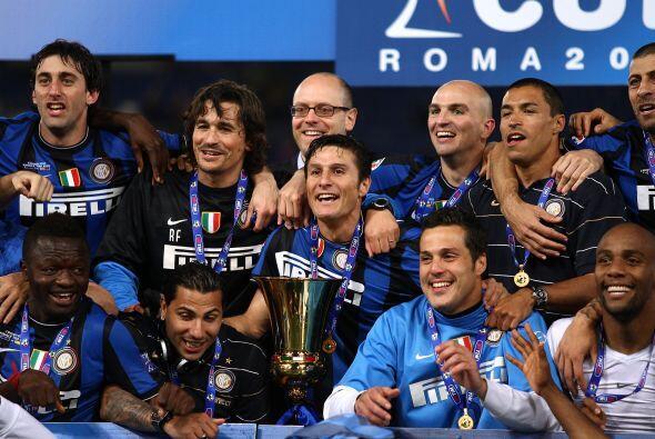 Más adelante, vino el segundo título del año para los 'nerazzurri', la C...