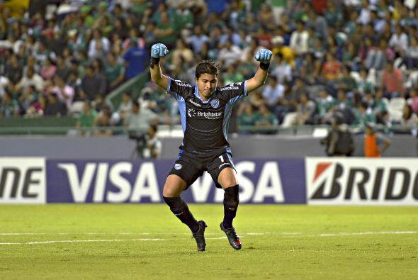 El arquero Romel Quiñónez festejó el gol del empate de Bolívar.