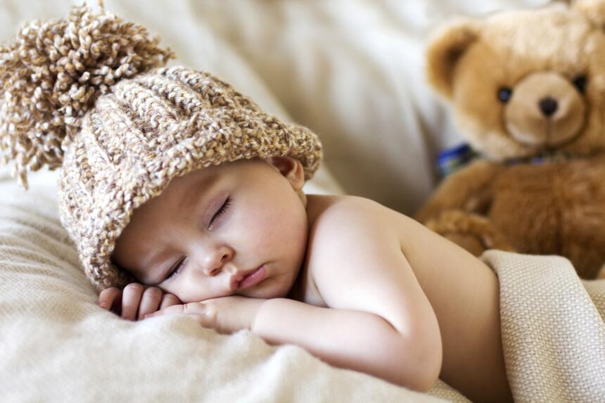 Qué llevar y qué sacar de la bolsa del bebé