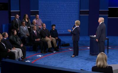 """""""Vete para atrás, asqueroso"""": Hillary Clinton relata su incomodidad con..."""