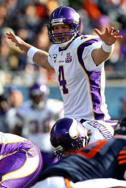 6 Brett Favre: Amado u odiado, este quarterback es el primero en derrota...