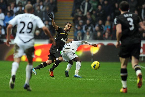Tottenham visitó al Swansea y no pasó del empate.