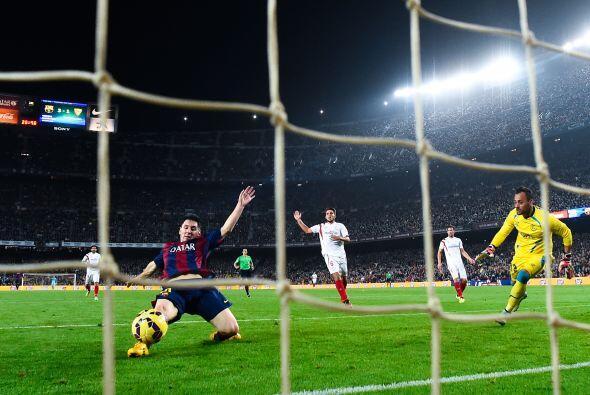 Con todo el Mundial por jugar, el crack regresó a Barcelona y en su prim...