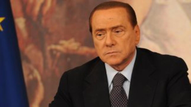 Berlusconifue escuchado en un cuartel del cuerpo de carabineros en Roma...