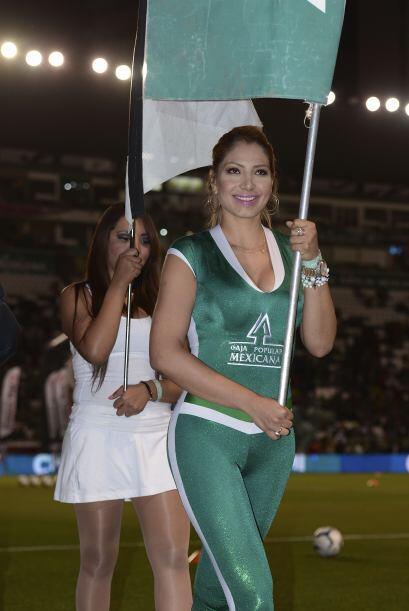 Vota por las porristas del León-Santos