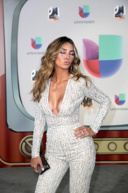 La sensualidad de la actriz Elizabeth Guitiérrez no podía faltar en la g...