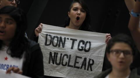 """Los republicanos recurrieron a la polémica """"opción nuclear"""" pa..."""