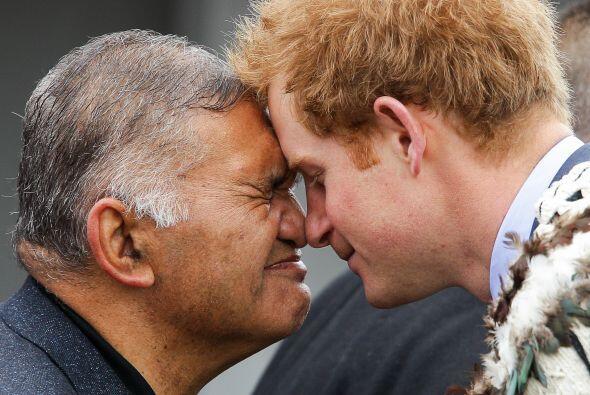 Príncipe Harry llegó a una visita oficial a Nueva Zelanda.