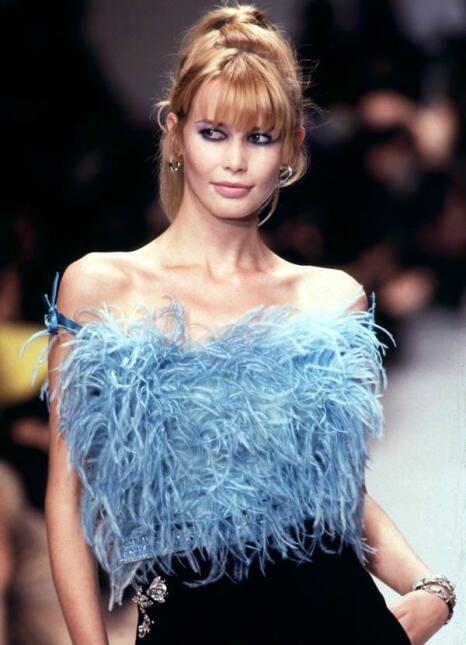 Nacida en 1971, Claudia Schiffer fue una de las modelos más aclamadas de...