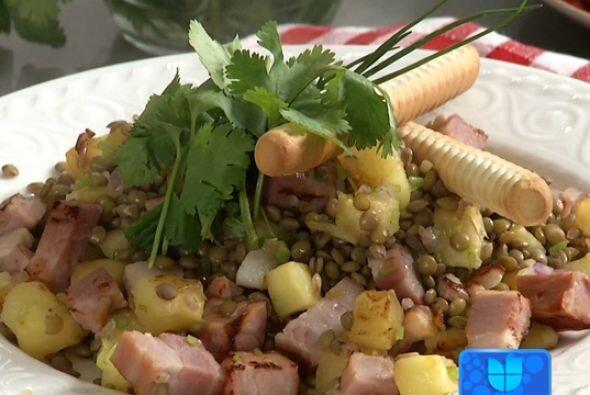 Si gustas añadir leguminosas a tus ensaladas, las lentejas y un toque de...