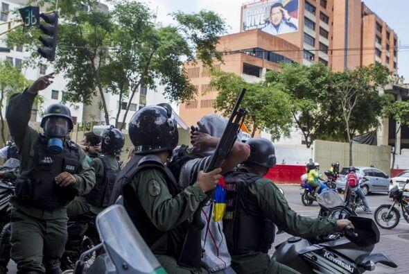 Tres meses inmersos en un clima de protestas antigubernamentales ha deja...