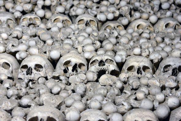 Se estima que hay más de 40 mil esqueletos humanos completos en este lugar.