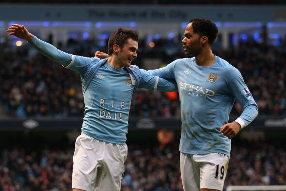 Manchester City luchó y salio vencedor en el duelo ante el Blackpool.