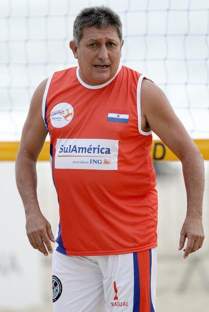 Aquí está, el paraguayo Romerito aunque con esos kilitos d...