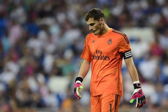 Iker Casillas tampoco daba crédito al darse cuenta de que perdería su se...