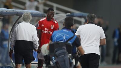 En fotos: con un hombre menos, Benfica logró un gran triunfo en su visita al AEK Atenas