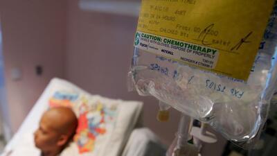 En el Día Mundial Contra el Cancer, la OMS llama a la gente a informarse...