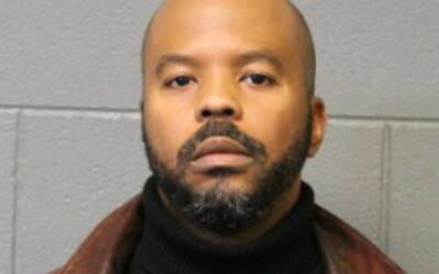 Carlyle Calhoun, de 46 años de edad, fue acusado de agredir sexua...
