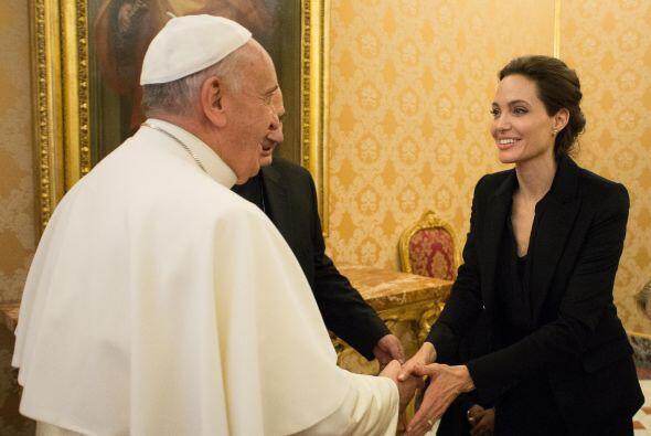 Angelina Jolie y el Papa Francisco se reunieron en el Vaticano.