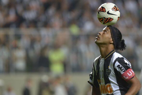 Otro regreso destacado fue el de Ronaldinho. En el Atlético Mineiro most...