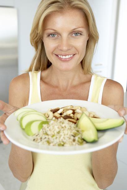Una buena alimentación: Los expertos en belleza recomiendan una d...