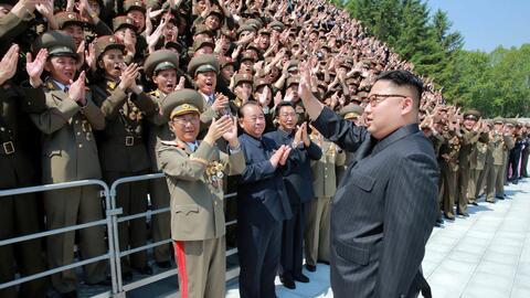 La agencia de noticias central coreana (KCNA) distribuyó el 20 de...