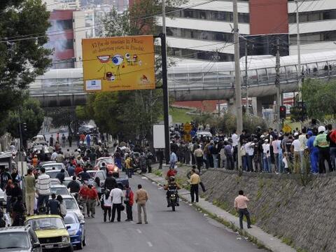 """El gobierno ecuatoriano aseguró que hoy """"hay calma en el pa&iacut..."""