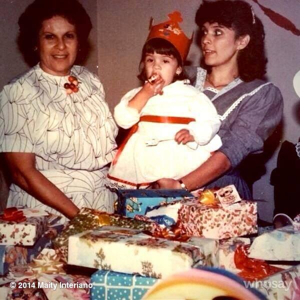 Maity Interiano, abuela
