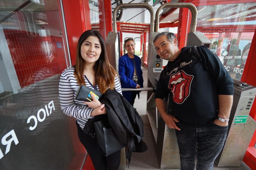 """Andrea y Juan: """"Es un gran paseo para quienes visitan la ciudad""""."""