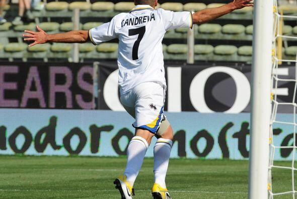 Antonio Candreva cerró la cuenta de un partido en el que los locales se...