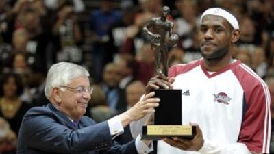 LeBron James gana el MVP