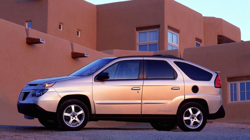 Los 15 carros más horrorosos de todos los tiempos 3.Pontiac-Aztek-2003-1...