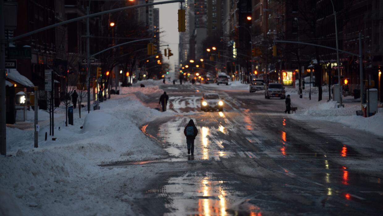 El amanecer de Nueva York este domingo.