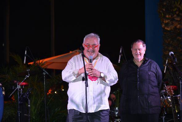 Raúl de Molina estuvo presente al momento de la premiación.