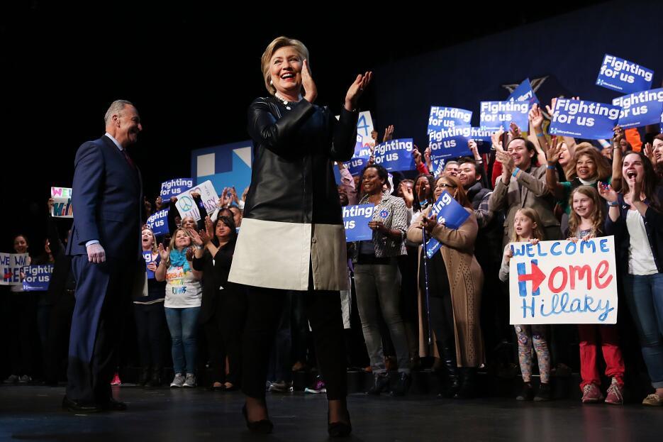 Hillary Clinton pisa fuerte en Harlem