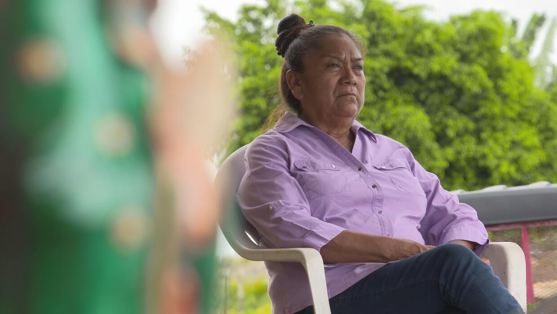''Estoy para los que me necesiten'': Doña Toña conduce cada día por las...