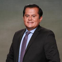 Oscar  Gómez, video reportero de Univision Arizona