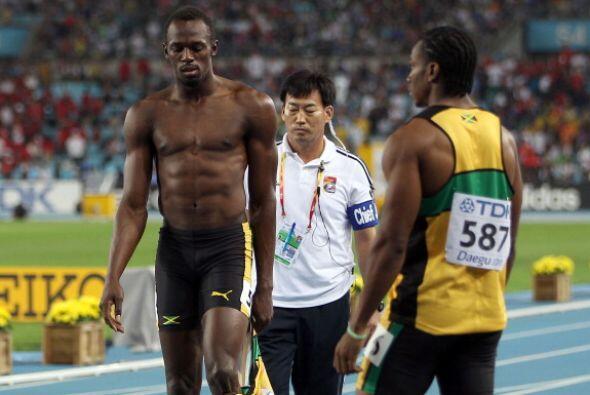 La descalificación del plusmarquista mundial Usain Bolt en la Fin...