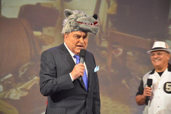 ¿El nuevo look del Chacal? ¡No, se trata del sombrero de animal que elig...