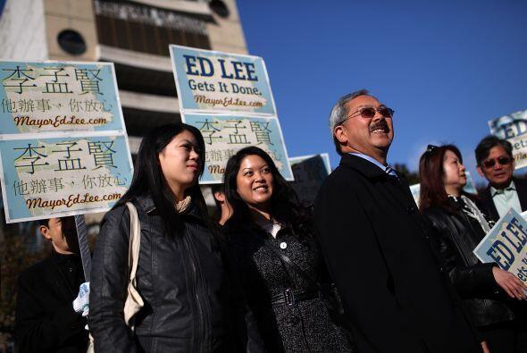 Por su parte, el alcalde interino Ed Lee comenzó temprano el día de las...