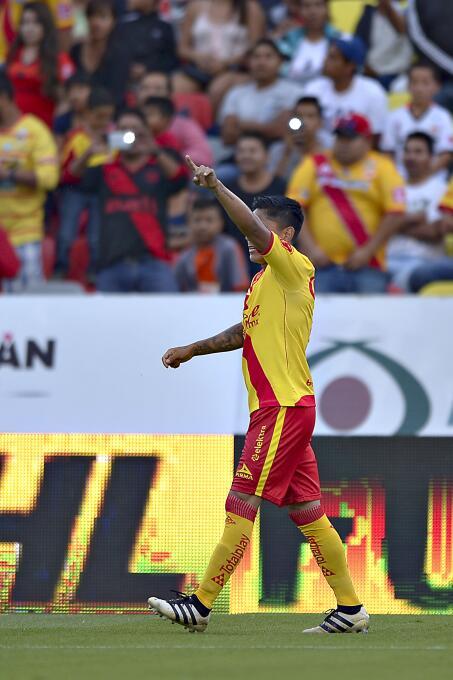 Víctor Guzmán comanda victoria de Pachuca sobre Monarcas 20170818_5221.jpg