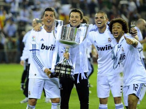 El equipo 'merengue' se adjudicó la Copa del Rey y festejó...